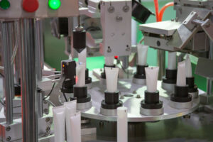 cosmetic-tubes-filling-and-sealing-machine